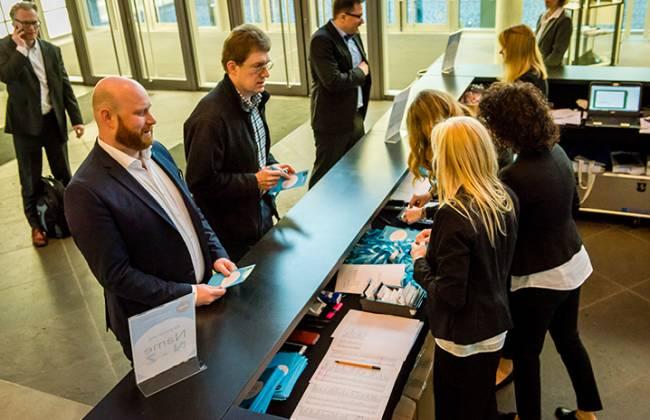Teilnehmer registrieren sich bei der Citrix Technology Exchange in Bonn.